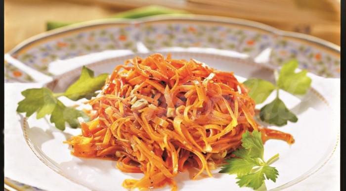 На фото Морковь по-корейски