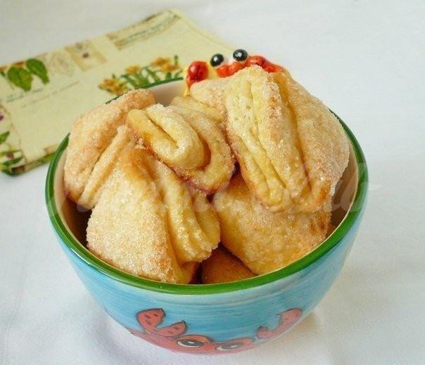 На фото Творожное печенье
