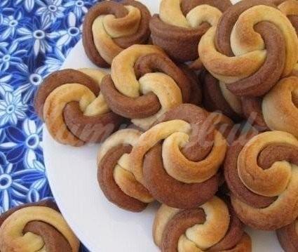 На фото Печенье «Цветочки»