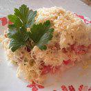 Рецепт Салат с куриным филе, сухариками и овощами