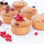 Рецепт Дивные ягодные кексы без яиц, молока и сливочного масла