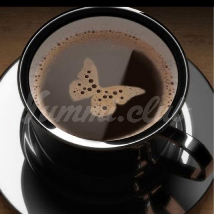 На фото Четыре чашки кофе в день на 50% увеличивают риск смерти до 55 лет