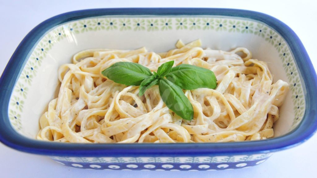 Как приготовить спагетти с соусом в домашних условиях
