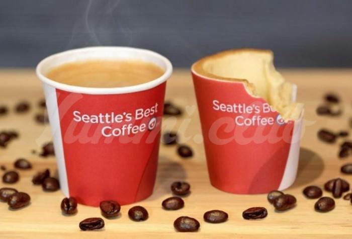 На фото Выпил кофе — съешь… стакан