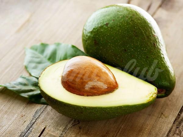 На фото Один авокадо в день защищает от «плохого» холестерина