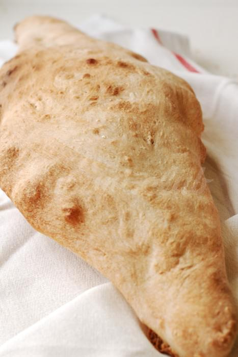 На фото Шоти-лаваш (грузинская кухня)