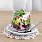 Рецепт Салат из сельди, свеклы и авокадо