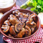 Рецепт Жареные шампиньоны с луком и чесноком