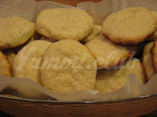 На фото Печенье на сметане