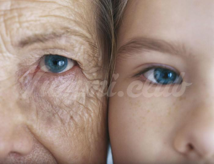 На фото Какие продукты ускоряют старение