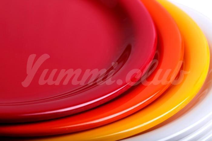 На фото Цвет тарелки может изменить ваше восприятие вкуса