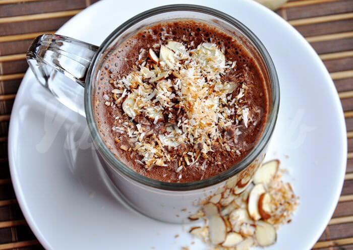 На фото Веганский горячий шоколад