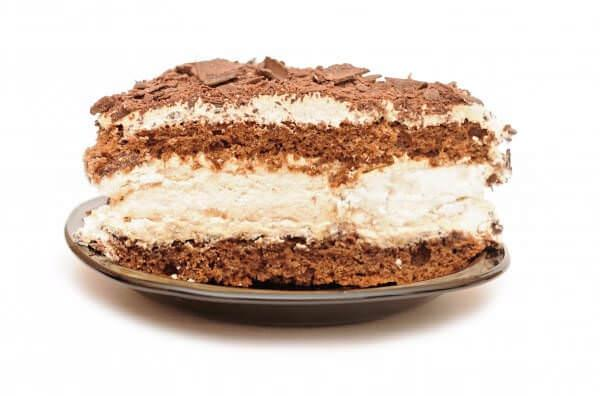 На фото Рецепт торта Вишиванка