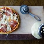 Рецепт Быстрая пицца с пепперони