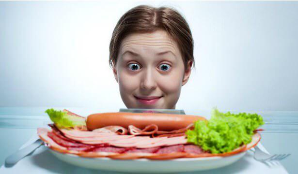 На фото Как управлять чувством голода
