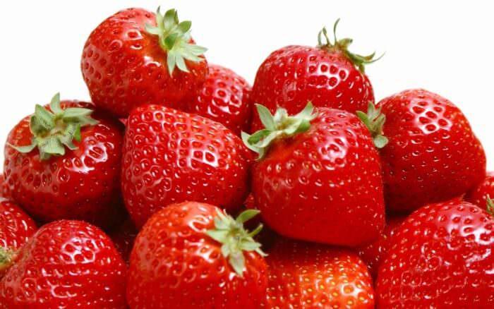 556eada687eea_strawberry1