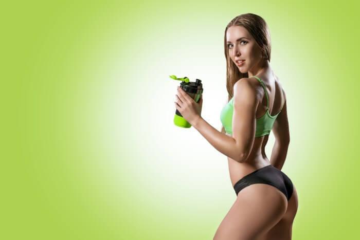 На фото Мифы о спортивном питании: от стероидов до импотенции