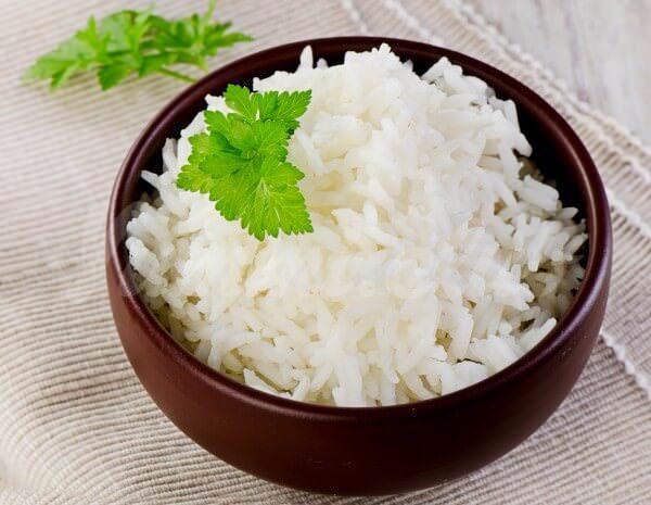 На фото Как варить рис в мультиварке