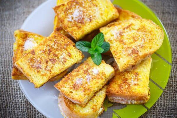 Гренки из белого хлеба на сковороде рецепт