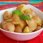 Рецепт Жареный молодой картофель с чесноком