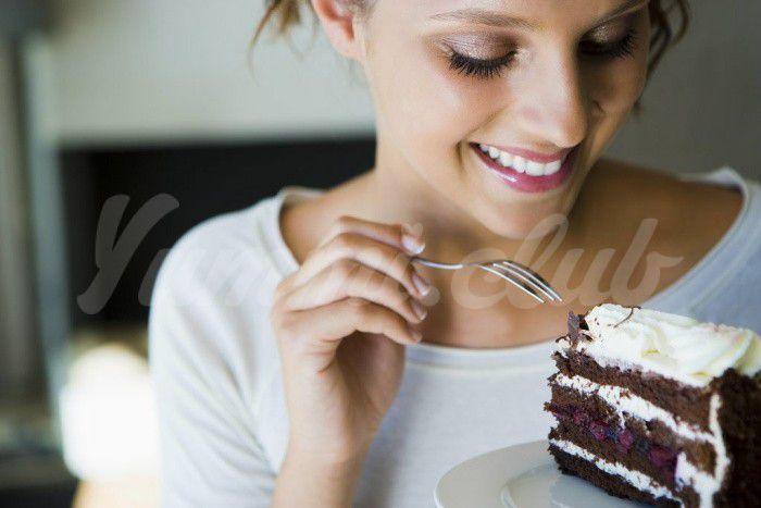 На фото Похудение на любимых продуктах или Читинг
