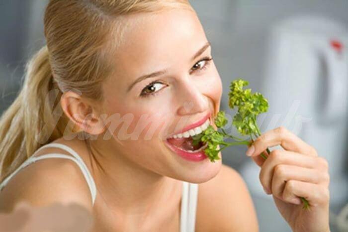 На фото Чтобы хорошо выглядеть — ешь овощи и фрукты