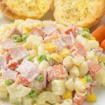 Рецепт Салат из макарон с ветчиной и овощами