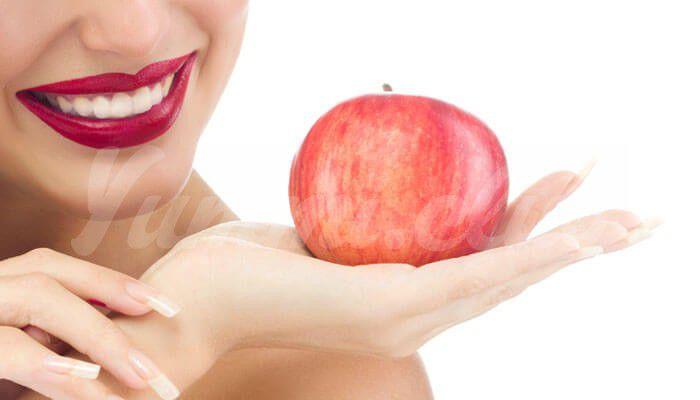 На фото Яблоки и зеленые томаты предотвращают атрофию мышц