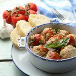 Рецепт Куриные фрикадельки в томатном соусе