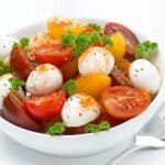 Рецепт Салат из помидоров черри с моцареллой