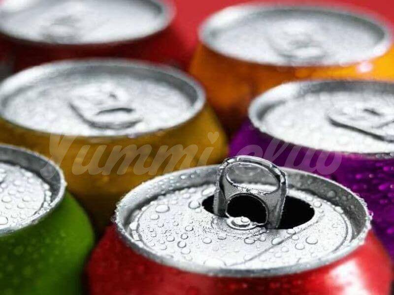 На фото Газированные напитки опасны для сердца и сосудов