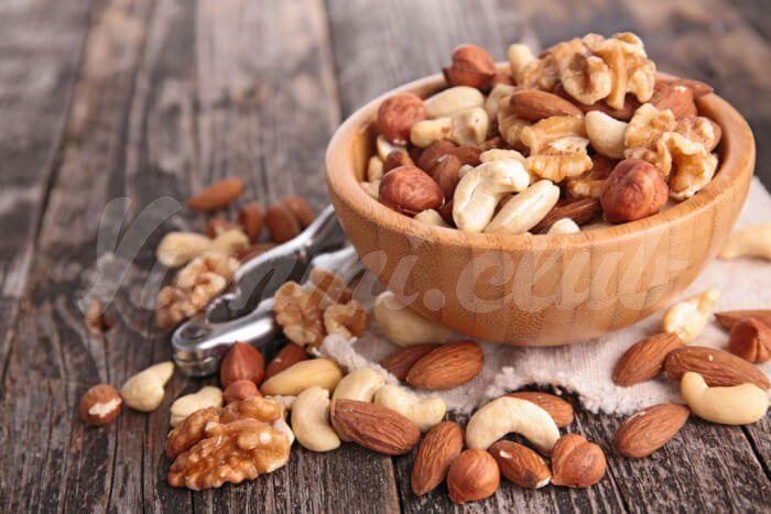 На фото Как орехи помогают сбросить вес
