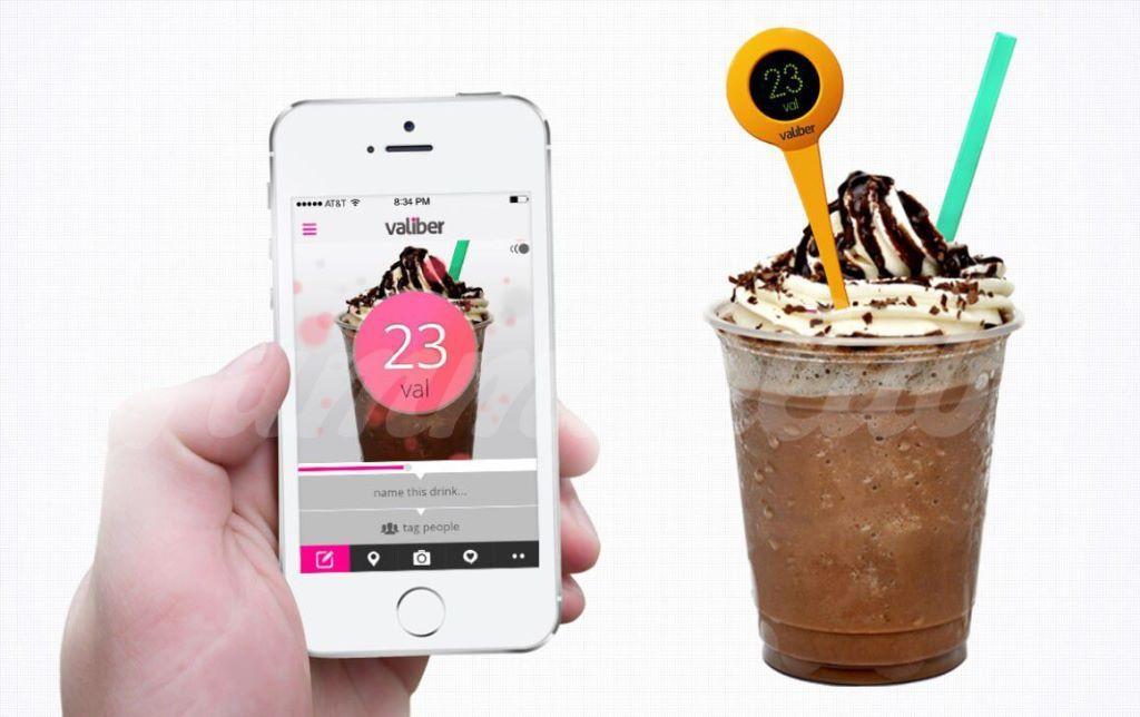 На фото Ложка для измерения сладости напитков