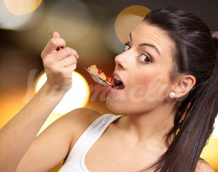 На фото Диета пять столовых ложек: как научиться кушать меньше
