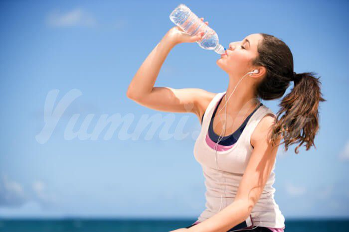 На фото Определяем свою ежедневную норму потребления воды