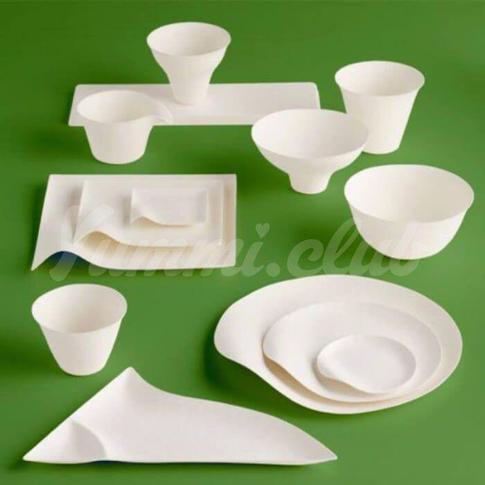 На фото Разработана съедобная посуда