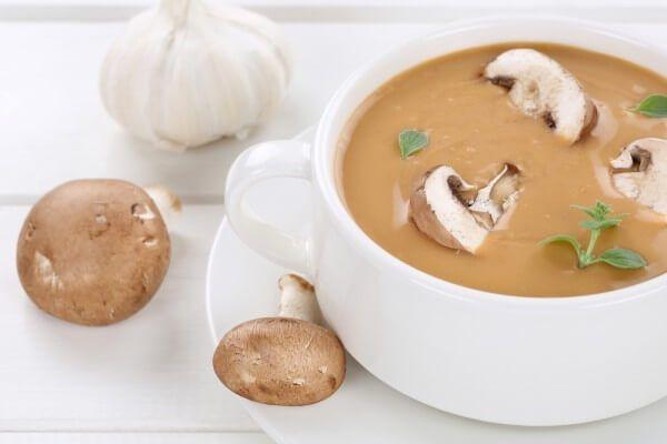 На фото Постный грибной суп