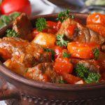 Рецепт Венгерский гуляш-левеш