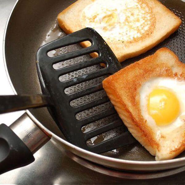 Яичница в хлебе рецепт с фото