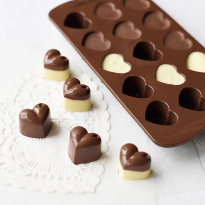 На фото Домашний шоколад за 10 минут