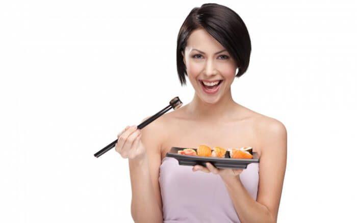 На фото Сбрасываем по килограмму в сутки на суши-диете