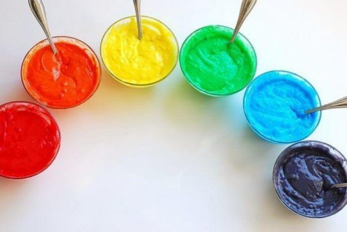 На фото Как самостоятельно сделать натуральные пищевые красители