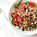 Рецепт Салат с арбузом, курицей и бальзамическим уксусом