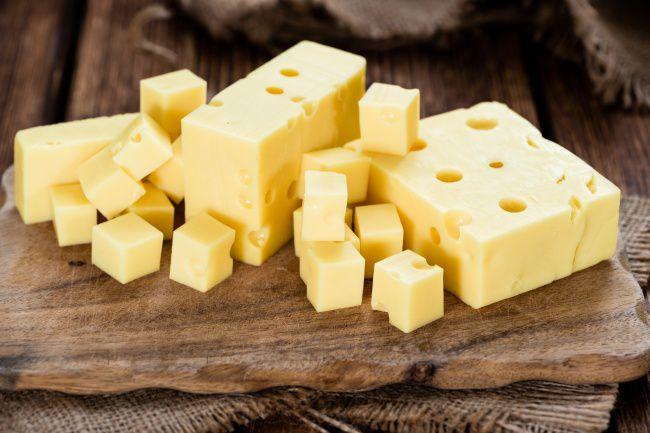 На фото А-ля голландский сыр