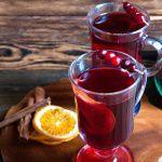 Рецепт Безалкогольный клюквенный глинтвейн
