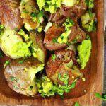 Рецепт Печеный картофель с соусом из авокадо