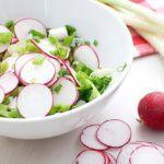 Рецепт Салат с редисом и яйцом