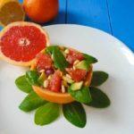 Рецепт Салат с грейпфрутом и авокадо
