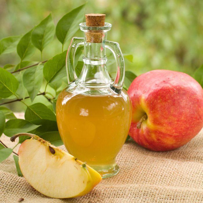 На фото Яблочный сидр