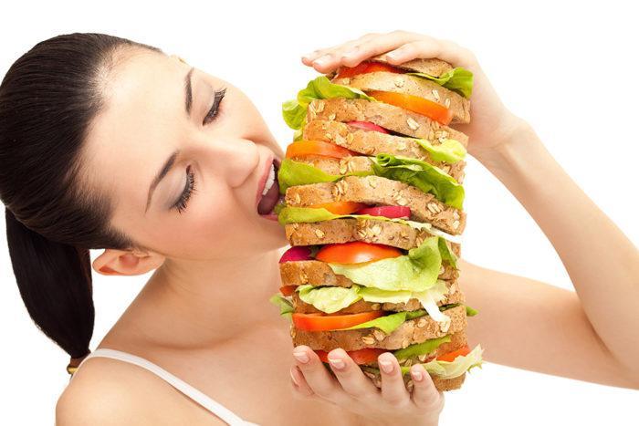 На фото Пищевая зависимость: почему мы заедаем жизнь и что с этим делать